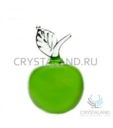 Декоративное изделие из цветного стекла в виде яблока 14 см