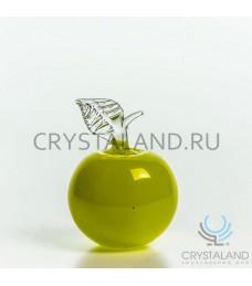 Сувенир из цветного стекла в виде яблока 12 см