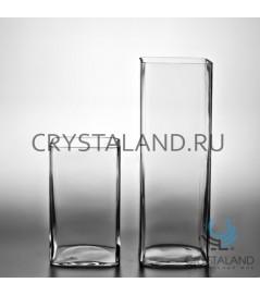 Стеклянная ваза для цветов в виде квадрата 22см.
