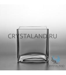 Стеклянная ваза-квадрат 10см.