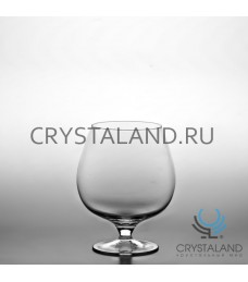 Стеклянная ваза в виде бокала 17,5см.