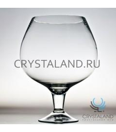 Стеклянная ваза в виде бокала 25см.